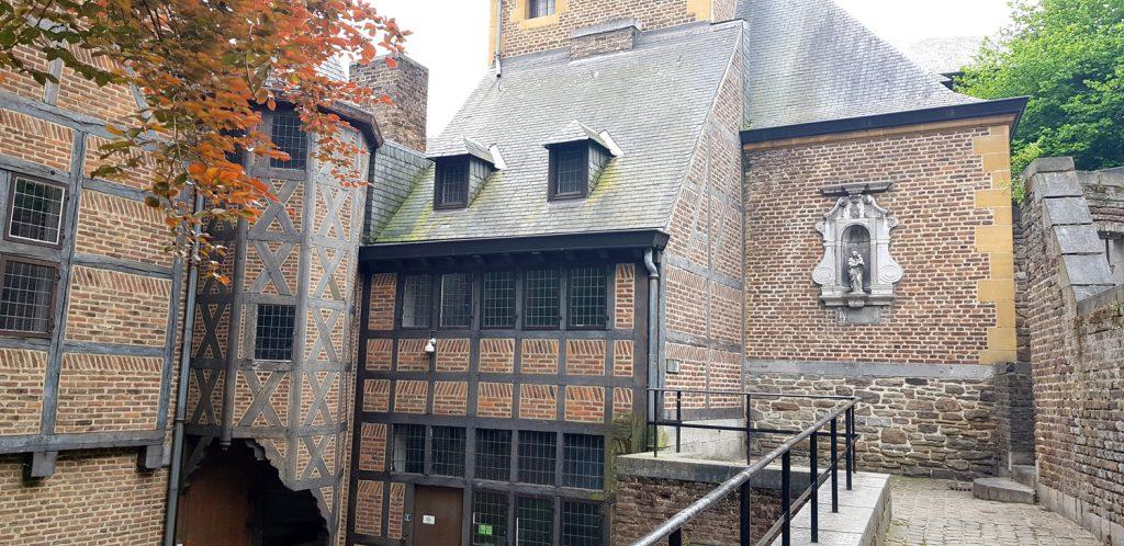 The alley Impasse des Ursulines in Liège, Belgium