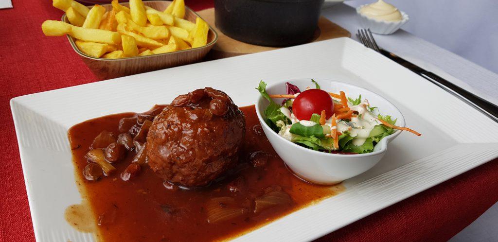 """Traditional Boulets à la liégeoise at the Restaurant """"Au Point de Vue"""" in Liège Belgium"""