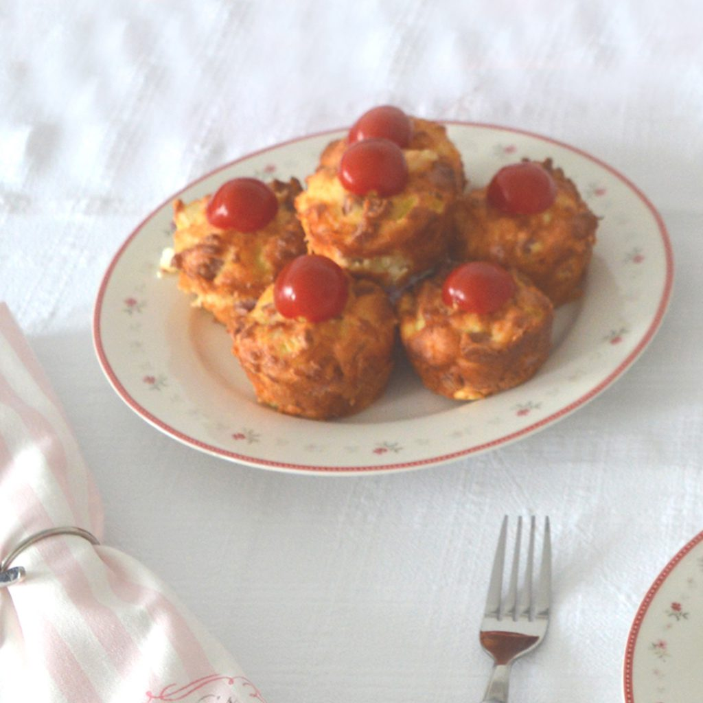 Muffin pies in a plate on a white tablecloth
